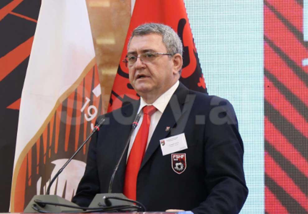 Armand Duka mund Bashkim Finon, fiton mandatin e pestë në krye të FSHF-së