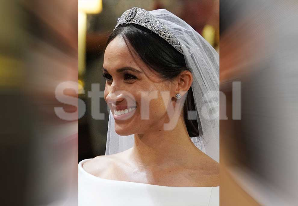 meghan-markle-smiles-during-her-wedding-to-prince-harry-in-news-photo-960053036-1562591138