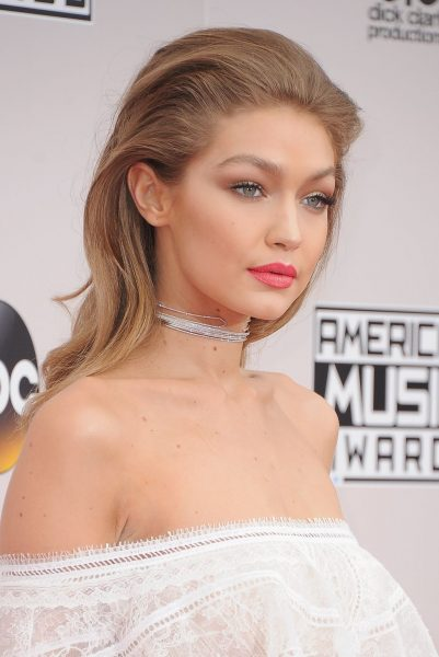 model-gigi-hadid-arrives-at-the-2016-american-music-awards-news-photo-1579796342