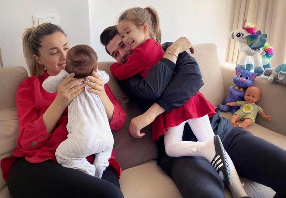 Duami 3-muajsh, në familjen e Miriamit dhe Albanit festojnë kështu