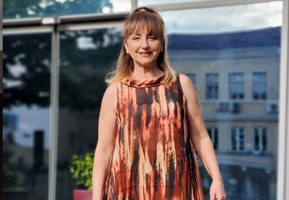 Marjana Kondi zbulon trukun me të cilin fshehu thinjat, vrapon tek parukieri