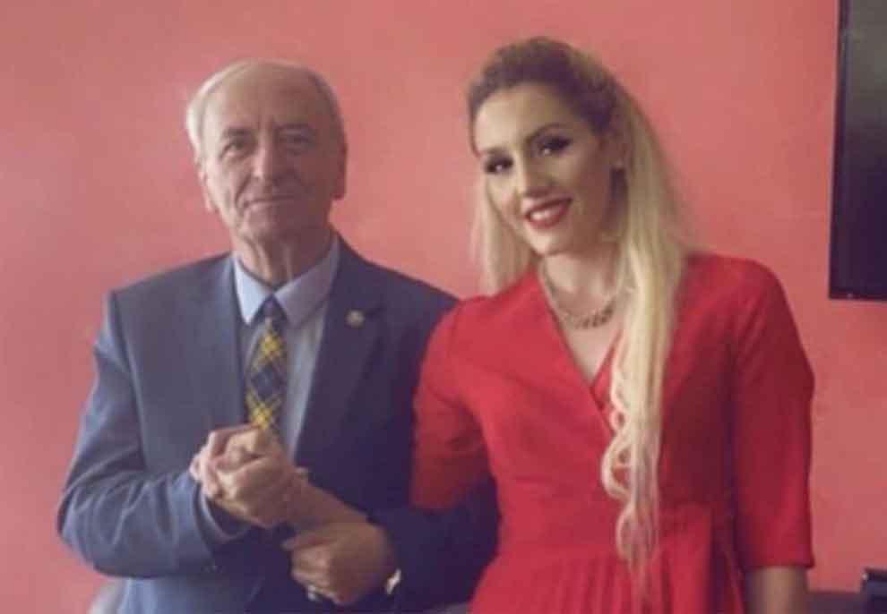 Kryemyftiu i Maqedonisë së Veriut martohet me vajzën 50 vite më të re se ai