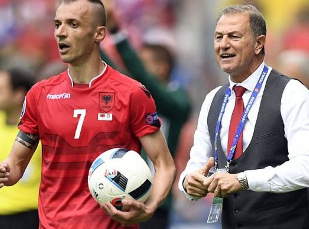 """""""Kini besim tek ai, është një specialist i jashtëzakonshëm për ekipet e vogla"""", rrëfimi i Agollit për mediat azere: Ju tregoj të ardhmen"""