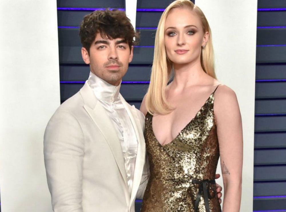 Joe Jonas dhe Sophie Turner bëhen prindër për herë të parë