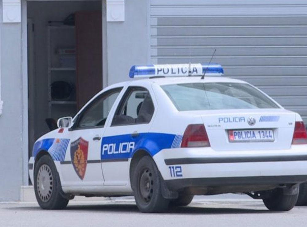 Hodhi foshnjen në koshin e plehrave, policia shoqëron në Komisariat një 32-vjeçare