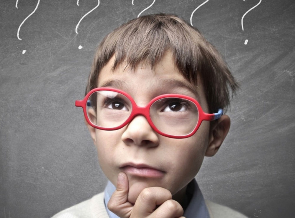 10 shenja që tregojnë se jeni veçanërisht inteligjentë, ndonëse nuk dukeni