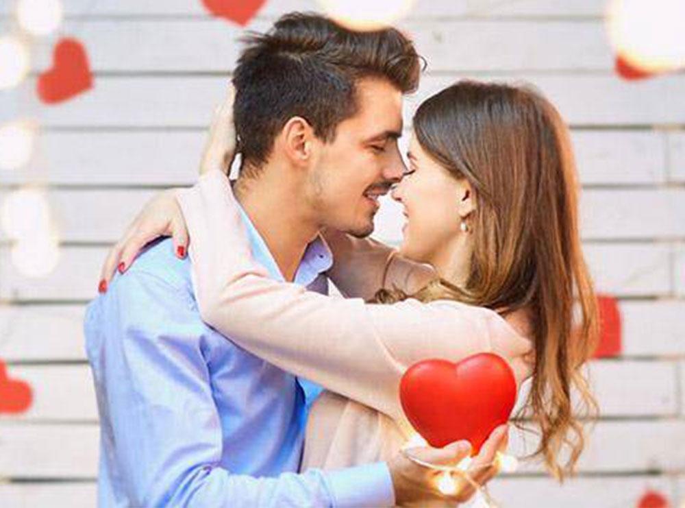 Çfarë bën një burrë i dashuruar?