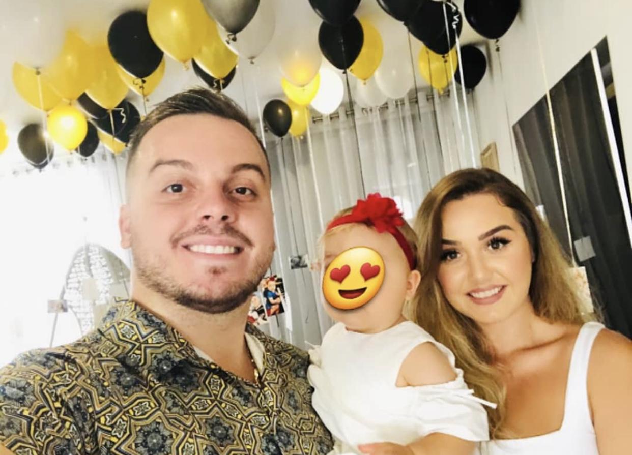 Këngëtari surprizohet nga 2 dashuritë e tij! Koha që dhe Mariola Kaçani të bëhet nënë?