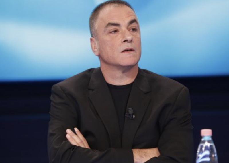 """""""Je qelbësirë"""", plas debati në studio, i ftuari i drejtohet keq Arian Çanit"""