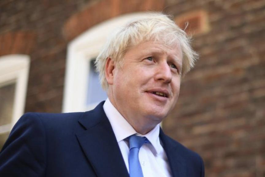 Kryeministri Boris Johnson konfirmon fundin e karantinës në Britaninë e Madhe