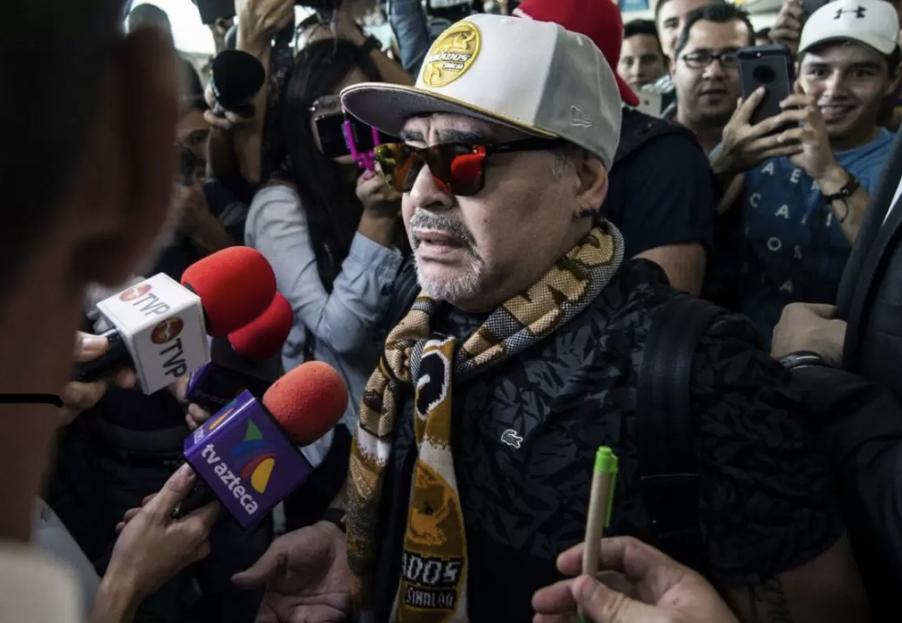 """SKANDALI NË ITALI: """"Nuk qahet për një drogaxhi! Në botë vdesin pafund çdo ditë. Maradona nuk ishte shembull"""""""