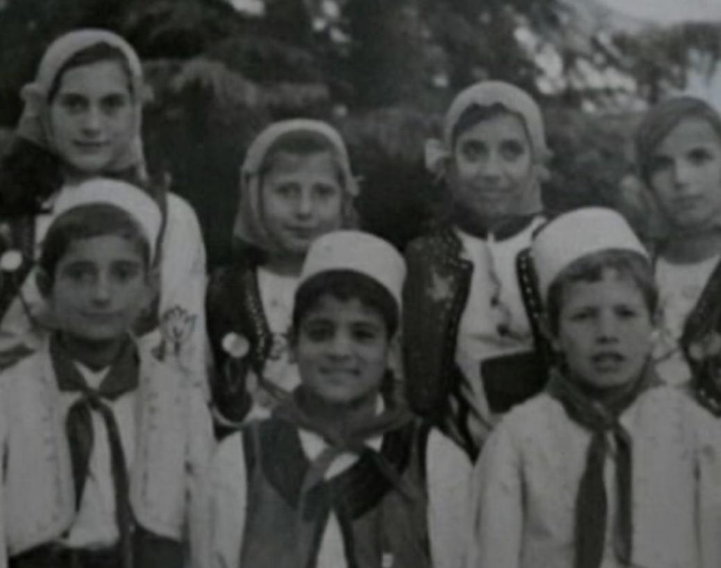 Irma Libohova dhe Dashnor Diko, miqësi që nga vegjëlia