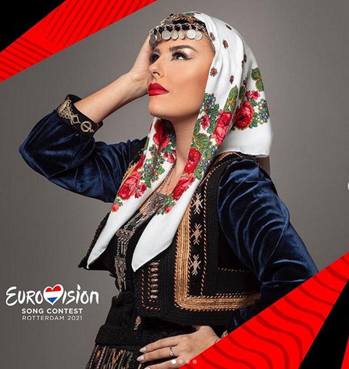 Anxhela Peristeri vishet me veshje popullore, faqja zytare e Eurovizionit publikon fotot e këngëtares