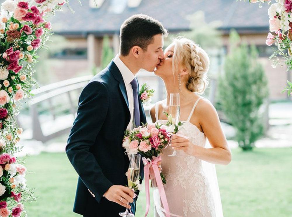 15 gjëra që çdo çift duhet t'i diskutojë përpara se ta çojë lidhjen në nivelin tjetër!