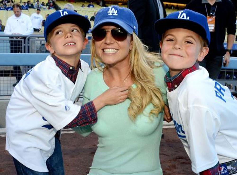 """""""Më ka ndaluar të bëj fëmijë""""- Tmerri për Britney Spears vazhdon, babai konservator i këngëtares i ka vendosur këtë pajisje në trup"""
