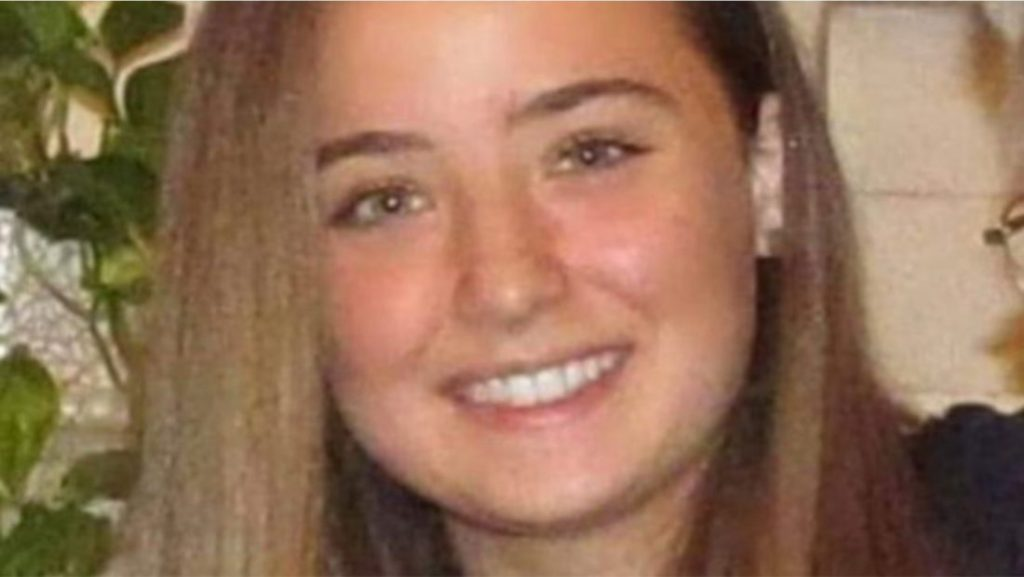 Vdes në spital 18-vjeçarja e shtruar me trombozë pas vaksinimit me AstraZeneca