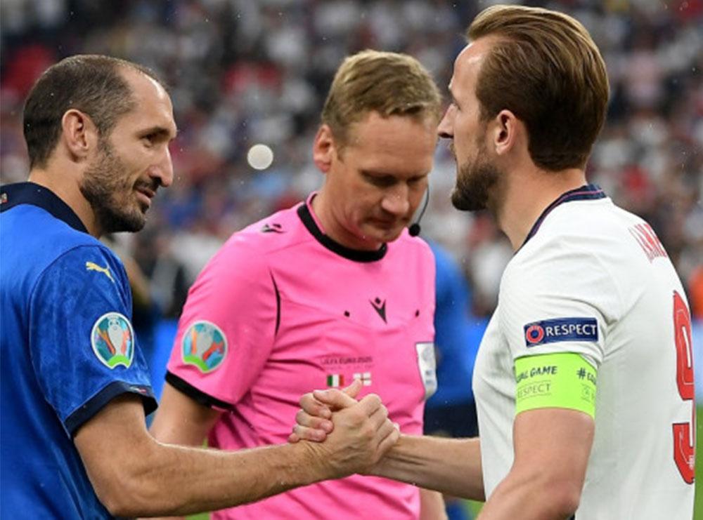 """Itali–Angli, finalja e """"Wembley""""-t do të """"luhet"""" në zyrat e… UEFA-s"""