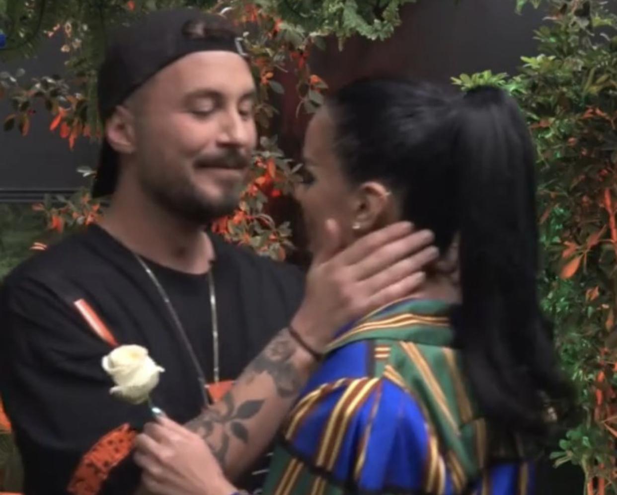 Puthje dhe përqafime: Përballja emocionuese e Borës dhe Donaldit në Big Brother VIP!