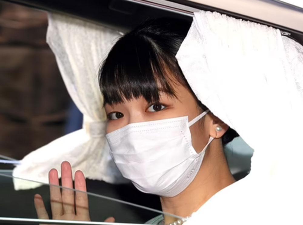 Princesha e Japonisë heq dorë nga froni mbretëror për hir të dashurisë! Ja me kë u martua ajo