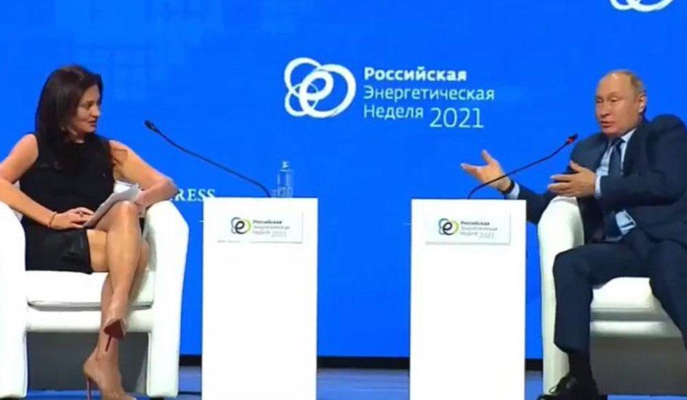 """""""Je shumë e bukur për të kuptuar argumentin tim kompleks"""", Vladimir Putin """"tallet"""" me gazetaren amerikane."""